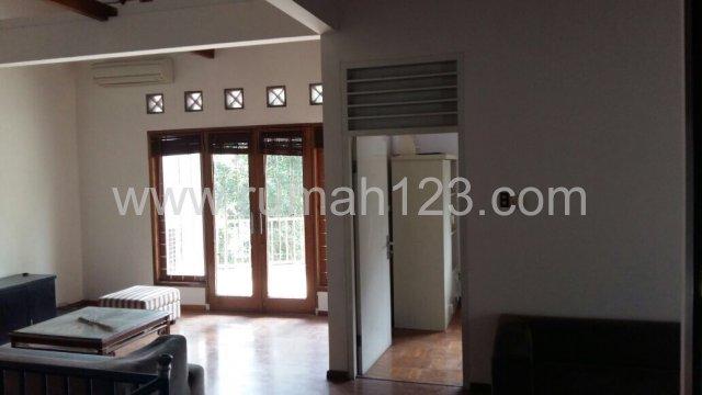 Rumah Asri 2 Lantai Type Townhouse - Mampang Prapatan 8 ( Ba