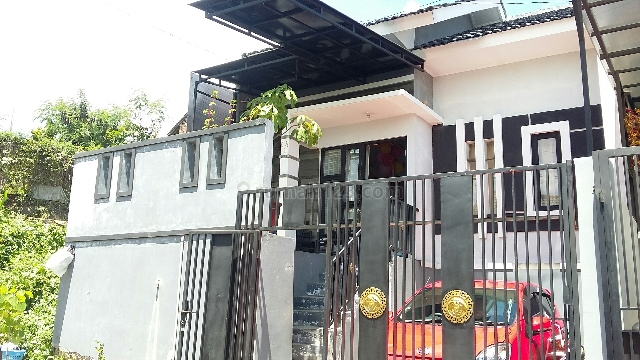 Take Over : Rumah Cantik Siap Huni Di Ujung Berung