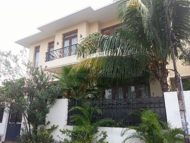 Rumah Besar Di Jalan Pelita, Abdul Madjid