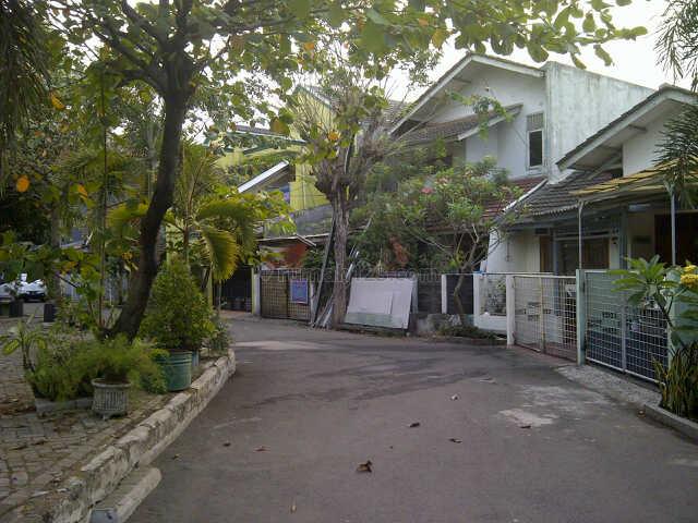 Rumah Strategis Di Kebon Nanas